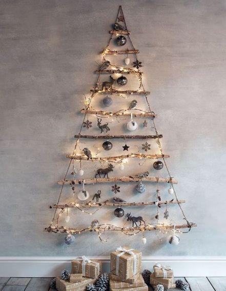 Un-sapin-de-Noel-en-bois-avec-des-branches